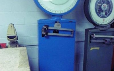 Used Machinery   Industrial Scale 400 lbs capacity